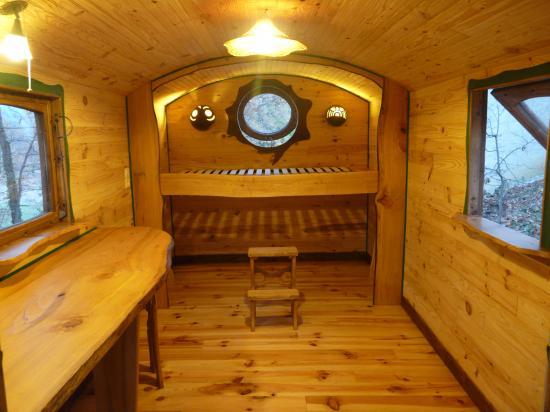 Un interieur de roulotte for De beukenhof antiek en interieur